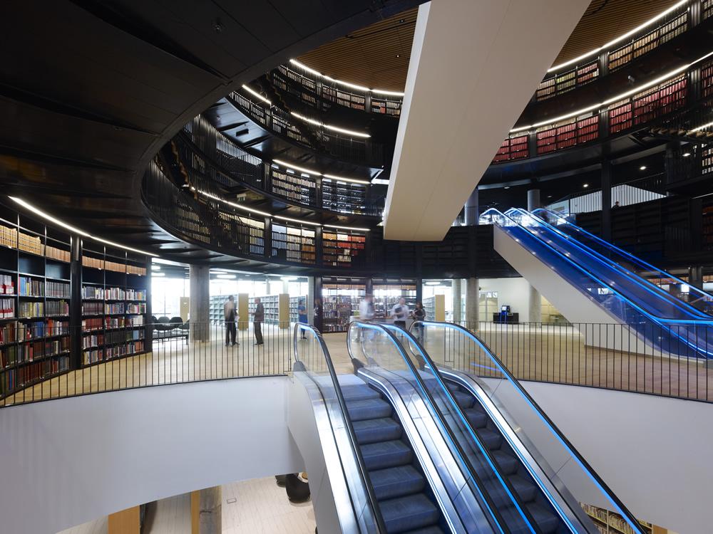 LibraryofBirminghamBookrotunda2photocreditChristianRichters